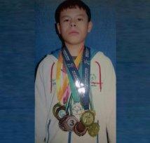 Таджиметов Дониёр – Сузиш ва конькида учиш спорти